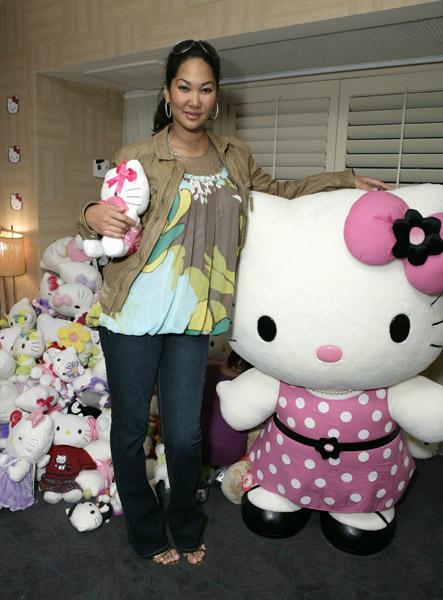 kimora lee simmons kids room. Kimora Lee Simmons and all her