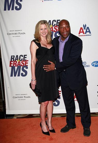 MrsGrapevine.com – Black Celebrity News & Entertainment