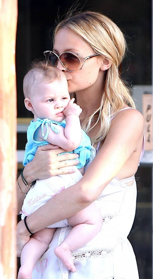 celebrity nation: Nicole Richie Gushes About Baby Harlow ...