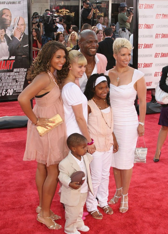 TERRY CREWS AND FAMILY ATTEND GET SMART PREMIERECrews Rebecca Kids