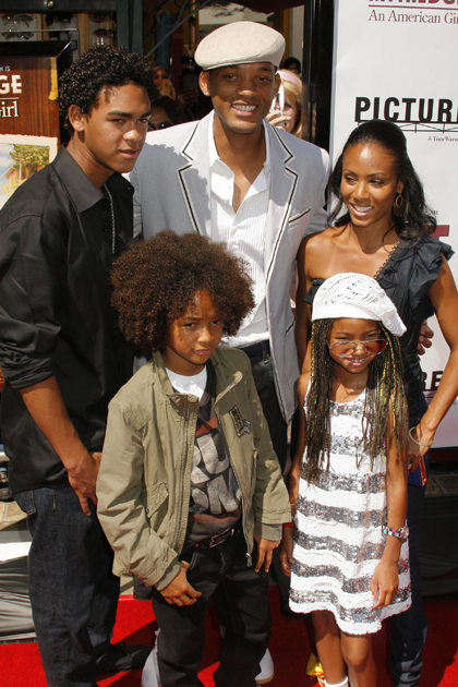 ACTOR WILL SMITH,WIFE,AND KIDS AT KIT KITTREDGE PREMIERE ...   420 x 630 jpeg 287kB