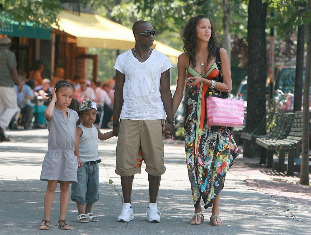 Supermodel noemie with her family in nyc blackcelebritykids claude makelele is an international french soccer player orignally born in zairenow the demorcratic republic of congolocated on the continent of africa sciox Image collections