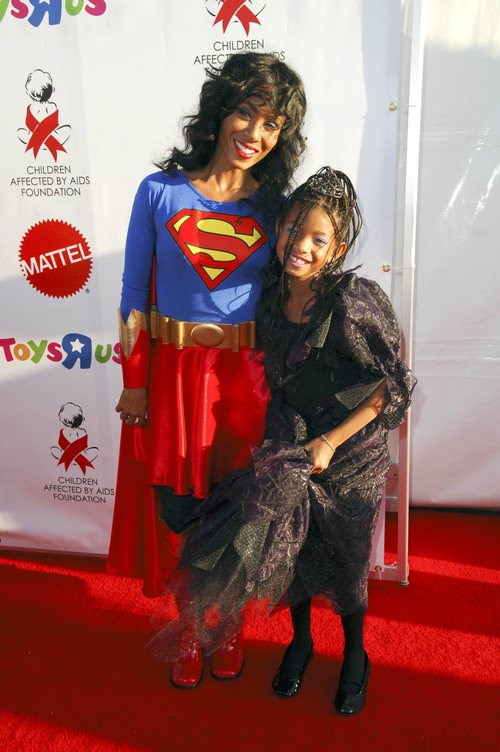 Advertisements  sc 1 st  BLACKCELEBRITYKIDS - WordPress.com : willow smith halloween costume  - Germanpascual.Com
